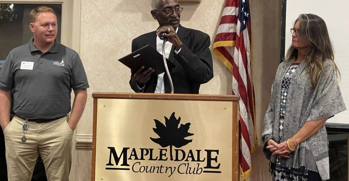 Haines receives Town Manager of Yr award